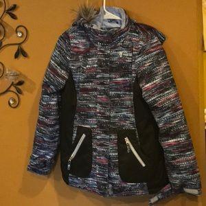New girls coat size XL– 16 Detachable hoodie